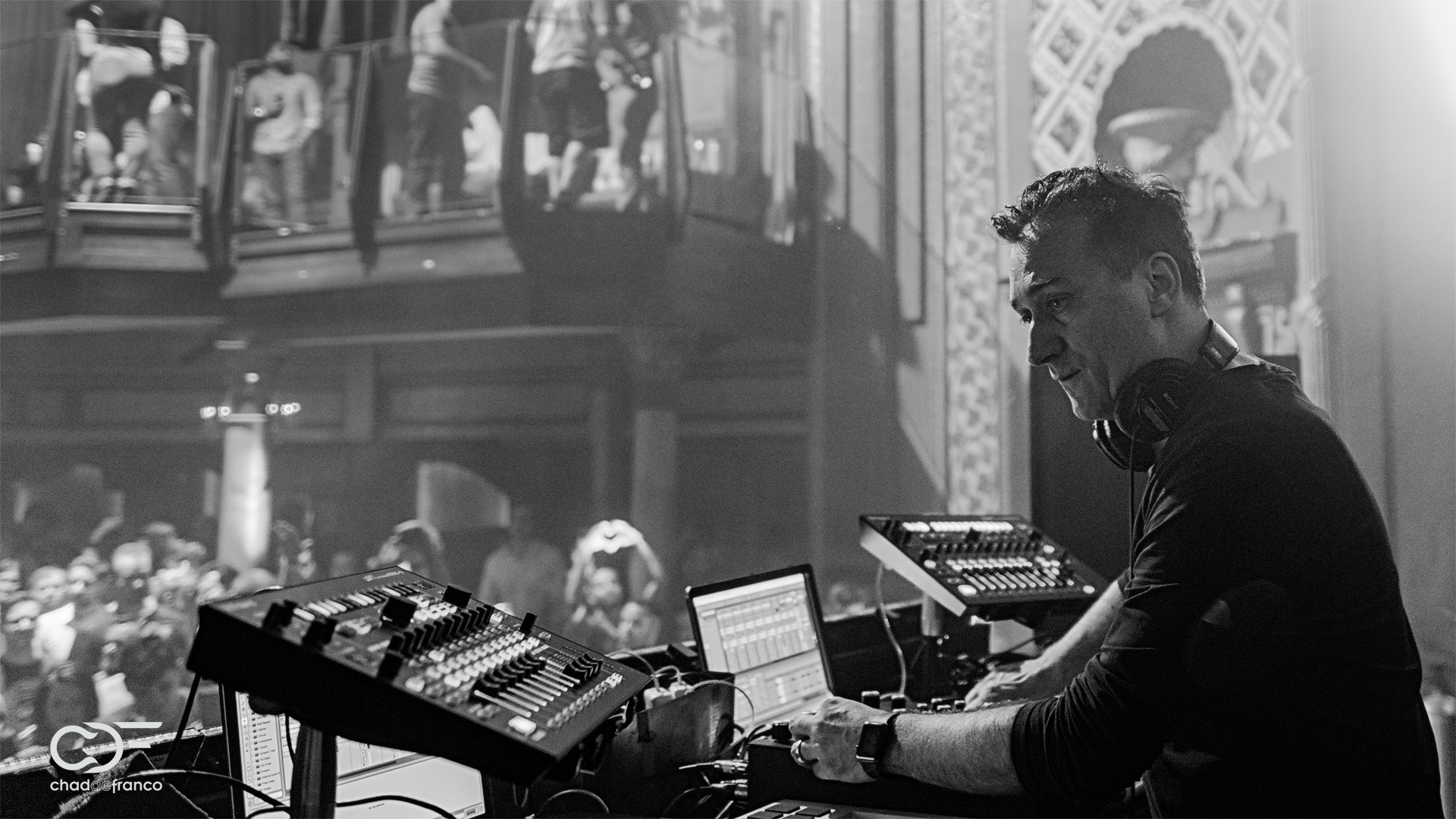 Paul van Dyk concentrates on the mix at Opera Nightclub