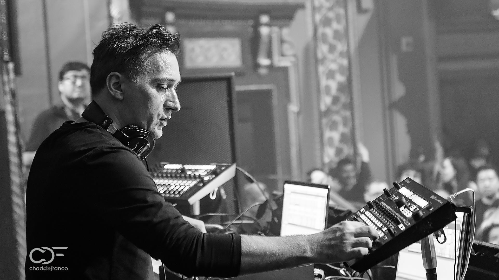 Paul van Dyk mixing live at Opera Nightclub